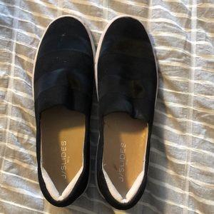 Shoes - Black casual shoes